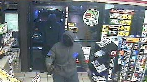 authorities seek help identifying pensacola circle k