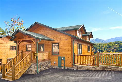 two bedroom cabins in gatlinburg gatlinburg cabin rocky top 2 bedroom sleeps 8