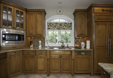 staggered kitchen cabinets staggered kitchen cabinet photos staggered wheels tall