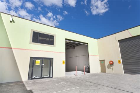gold coast warehouse office facility sold