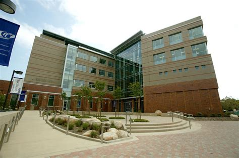 Uci Admissions Office by Faculty The Henry Samueli School Of Engineering At Uc Irvine
