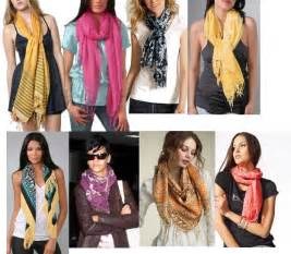 Different Ways To Wear Infinity Scarf Different Ways To Tie A Scarf Fashion E Fashion Help