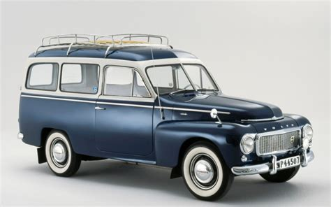 volvo wagon a photo history of volvo s affair with the wagon 95