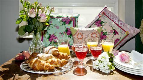 colazione romantica a letto dalani colazione romantica idee per un dolce risveglio