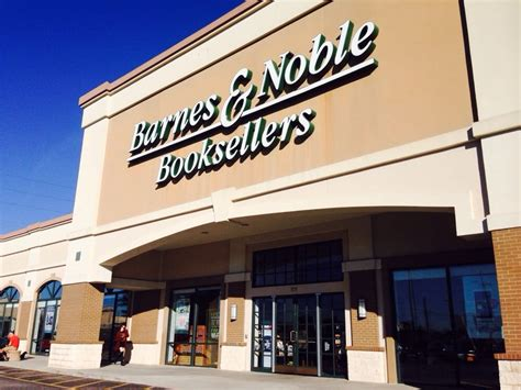 Barnes And Noble Fayetteville Ga Barnes Amp Noble Booksellers 16 Foton Amp 26 Recensioner