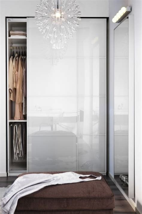 Closet Doors For Tight Spaces by 17 Best Ideas About Pax On Pax
