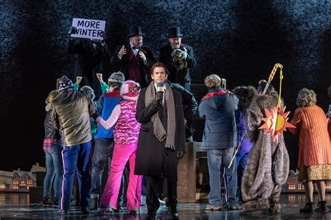 groundhog day cast musical tim minchin does it again with groundhog day musical