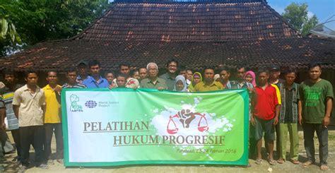 Hukum Kehutanan Di Indonesia 1 masyarakat desa hutan deklarasikan pemantau peradilan
