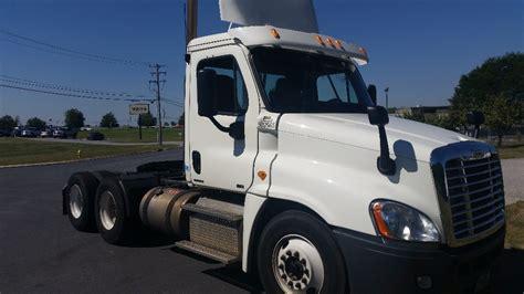 day cab tractors  sale  pa penske  trucks