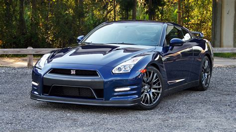 nissan skyline 2015 blue 2015 nissan gt r driven review top speed