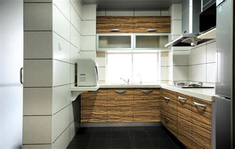 Wood Laminate Kitchen Cabinets Wood Grain Laminate Kitchen Cabinet With High Glossy Buy Wood Laminate For Cabinets In