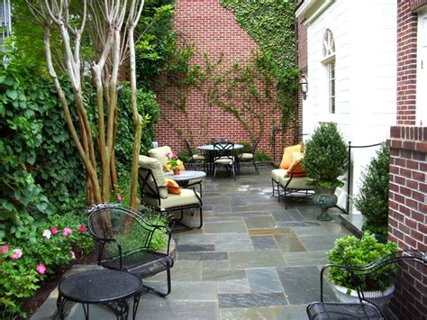 Patio Designs For Small Gardens Traditional Small Scale Patio
