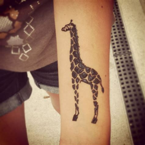 giraffe tattoo my giraffe henna on wrist i it