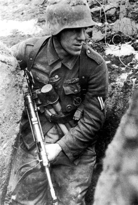 ww2 german soldiers fighting 200 best images about stalingrad on pinterest soldiers