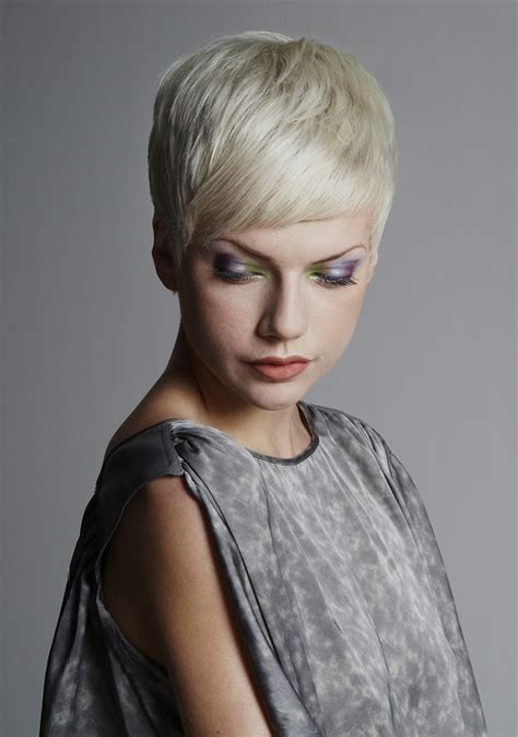 aveda hairstyles gallery aveda hair style gallery a short blonde hairstyle from