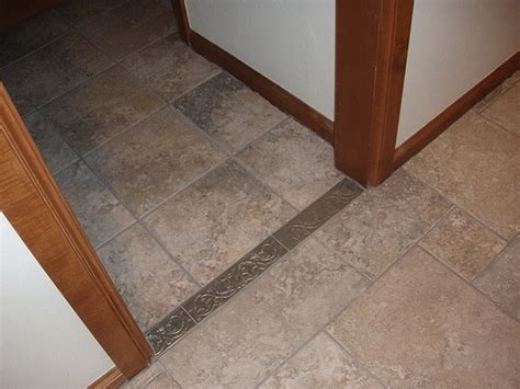 tile vs laminate flooring