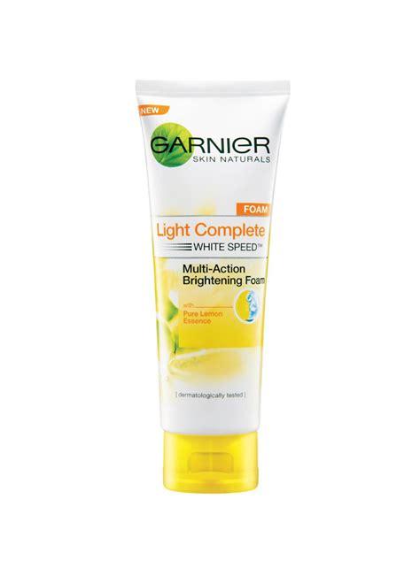 Nivea White 100ml Pembersih Wajah Pria garnier light complete foam lemon essc tub