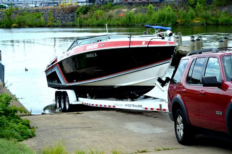 peter griffin boat boat and trailer free stock photo public domain pictures
