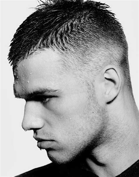 Style De Coiffure Homme Cheveux Court by Coiffure Homme Trait