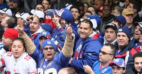 new york giants fans n y giant david diehl drank like a king in queens