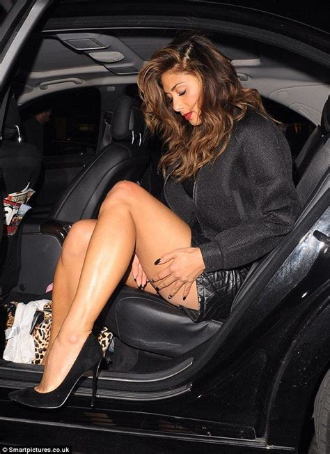 kate hudson flashes her crotch as she exits a car photos pin credible nicole scherzinger flashes her long legs