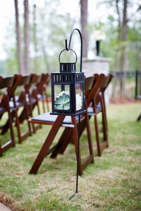 Wedding Aisle Lined With Lanterns by 10 Wedding Aisles That Wow Preowned Wedding Dresses