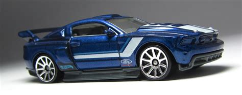 Hotwheels 71 Mustang 351 look wheels then now 71 mustang 351 and custom 12 ford mustang the lamley