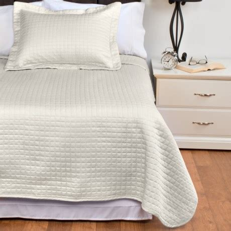 egyptian cotton coverlet downtown urban quilted collection coverlet twin