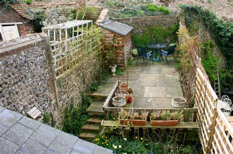 Small Space Garden Design Ideas Small Garden Ideas Corner