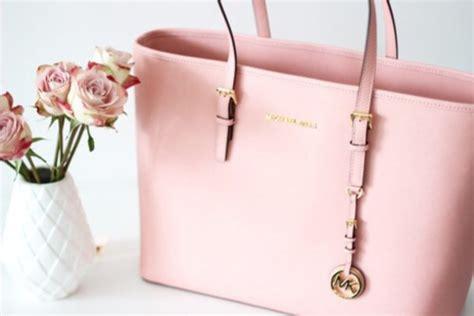 Tas Mk Babypink bag pink bag michael kors baby pink all pink wishlist girly wheretoget