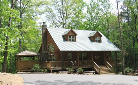Rent A Cabin In Helen Ga by Bobcat Lodge Helen Ga Cabin Rentals Cedar Creek Cabin