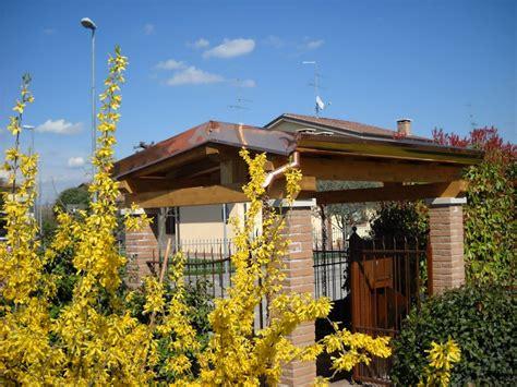 ingressi in legno copertura in legno ingresso pedonale coperture edili e tetti