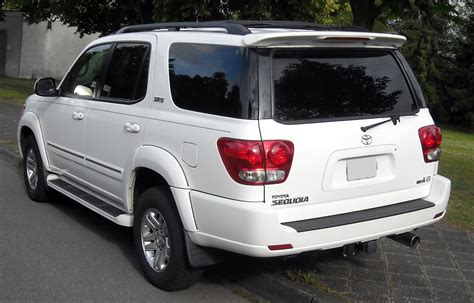 how cars engines work 2011 toyota sequoia free book repair manuals file toyota sequoia rear 20090606 jpg wikimedia commons