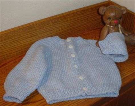 knitting baby sweater for beginners 25 best ideas about baby sweaters on knit