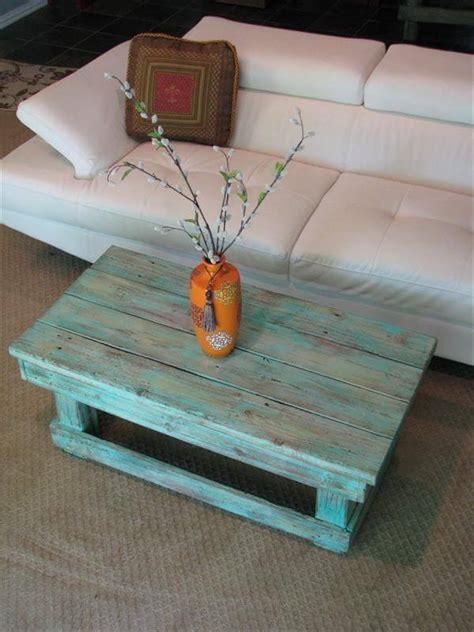 12 Diy Antique Wood Pallet Coffee Table Ideas Diy And Crafts Diy Pallet Coffee Table