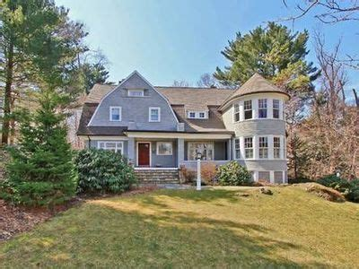 102 woodlawn ave wellesley ma 02481 zillow