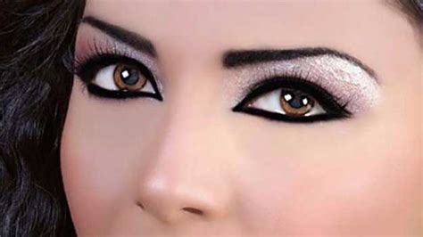 eyeliner tutorial for small eyes 34 makeup tutorials for small eyes the goddess