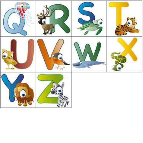 Sticker Einzelne Buchstaben by Wandsticker Lustige Tierbuchstaben