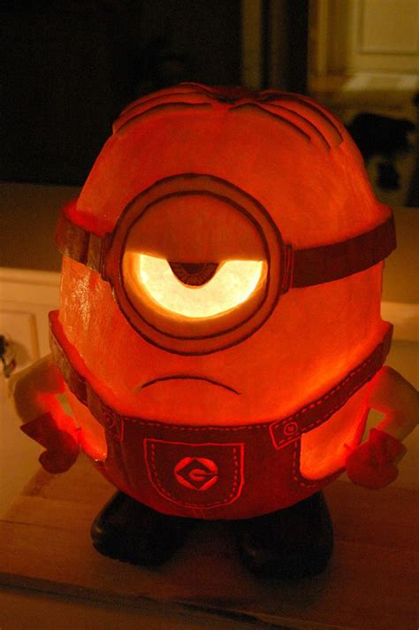 Evil Eye Home Decor by 25 Cool Diy Minion Pumpkins For Halloween Home Design