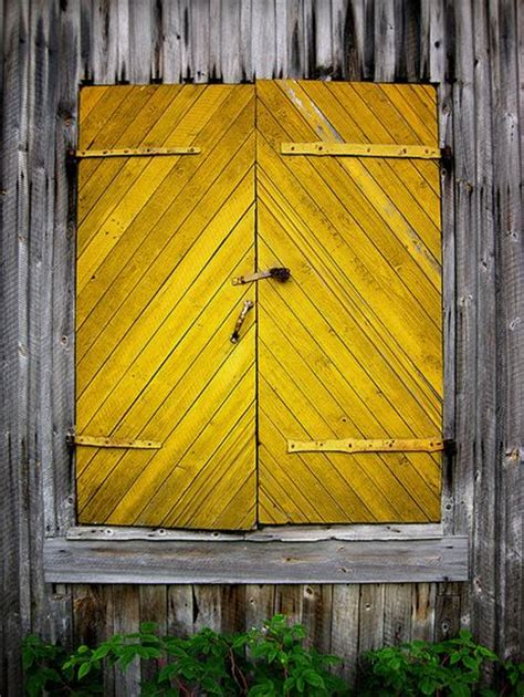 Yellow Barn Door Doors Everything And World On