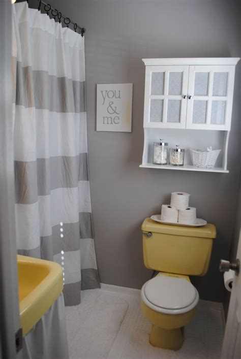 best 25 grey yellow bathrooms ideas on yellow gray bathrooms grey yellow rooms and