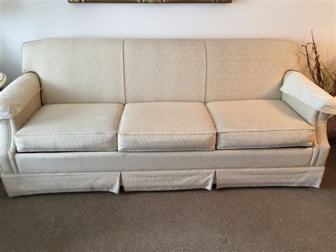Letgo Lazy Boy Pull Out Sofa In Tomkins Cove Ny