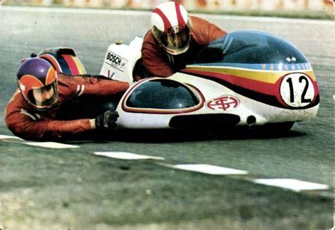 Motorradrennen Mit Beiwagen by Ak Motorr 228 Der Mit Beiwagen Bei Einem Wettrennen