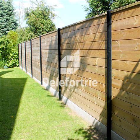 Incroyable Moulin En Bois Pour Jardin #3: Aménagement-d'exterieur-avec-pose-de-clôture-bois.jpg