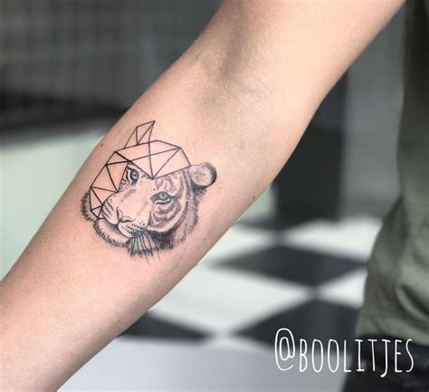 geometric tiger tattoo geometric tiger idea geometric tiger