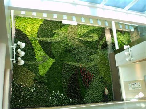Living Walls And Vertical Gardens Living Art Living Wall Garden