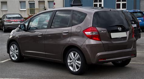 Lufogl Honda New Jazz 1 plik honda jazz 1 4 i vtec elegance iii facelift heckansicht 1 m 228 rz 2014 wuppertal jpg