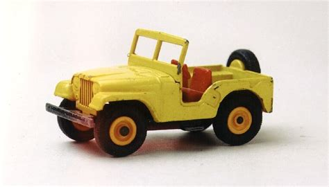 old yellow jeep die cast pro old matchbox jeep