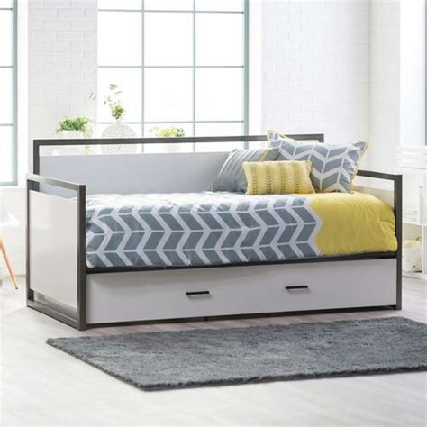 modern daybed frame best 25 trundle bed frame ideas on pinterest girls