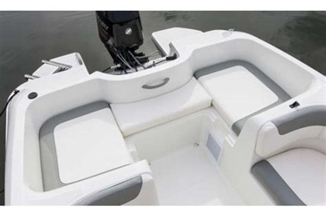 bayliner element seat cushions 2013 bayliner element bowrider boat review boatdealers ca